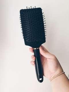 forever 21 love & beauty hair brush