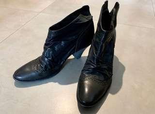 Initial黑色真皮短靴size38