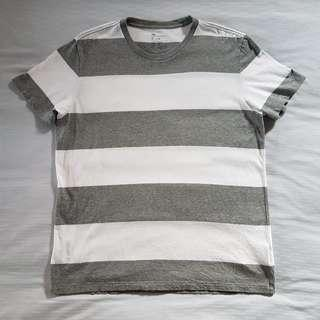BN Authentic Gap Size L Men's Grey and White Stripe Short Sleeves T-shirt