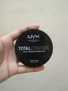 NYX Total Control Mesh Cushion Foundation (Freeshipping)