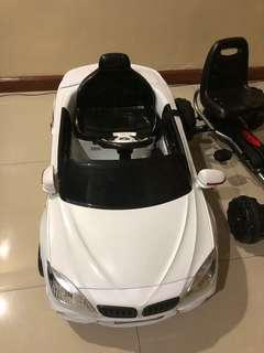 Ride on electric car