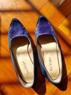 【全新】羊仔皮34號紫色平底鞋