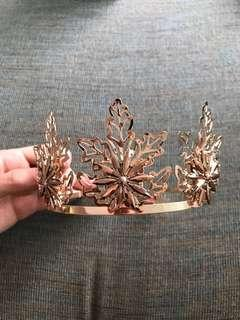 👸🏼 Beautiful Gold Metal Flower Spikey Princess Crown BNWT 👸🏼