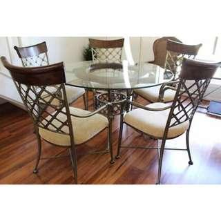 LUXURY ROUND 5 SEATER DINING TABLE