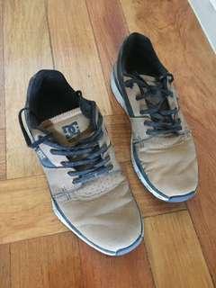 DC UniLite Shoes, Brown