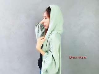🚚 綠色雪紡泡泡袖連帽罩衫#衣櫃大掃除 新品