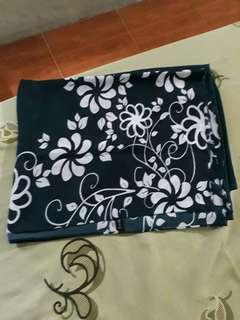 Azzura scarf