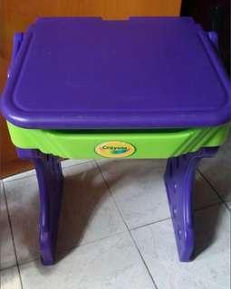 兒童書桌(高20.5吋寬16吋闊16吋)