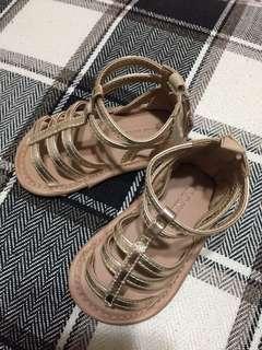 🚚 Old Navy-baby羅馬鞋(6-12m)