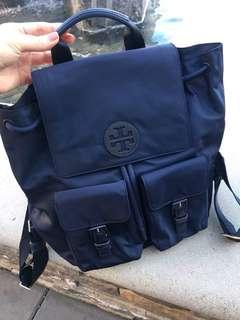 🚚 TB包 TB後背包 TORY BURCH QUINN 雙袋設計尼龍後背包(深藍色)