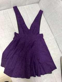 深紫吊帶裙
