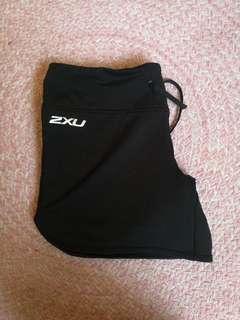 PREMIUM 2XU shorts