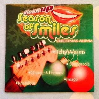 VA-Close Up Season of Smiles Christmas Album(Mini-Disc)(VG)