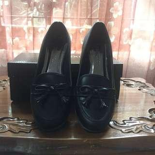 (Preloved) Connexion Black Shoes