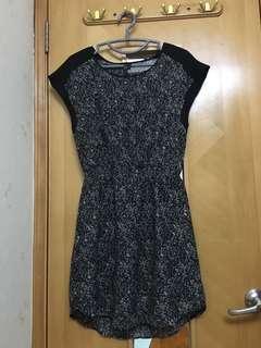 H&M 短袖黑色碎花簿連身裙 black floral dress  size XS/ US2