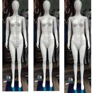 Egg head whole body mannequin