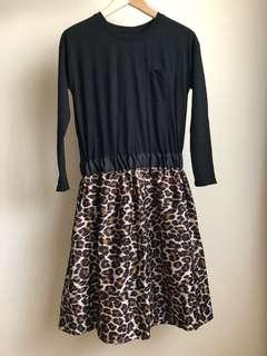 LEPSIM LOWRYS FARM One-piece Dress in color Black & Leopard Print, Sz M