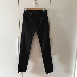 Uniqlo Jeans in Black