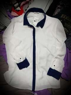 REDUCED- Ladies size 18 buttoned up long sleeve