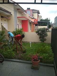 Tukang Bersihkan Taman Pekanbaru