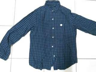 Kemeja Flannel uniqlo size L fit to M