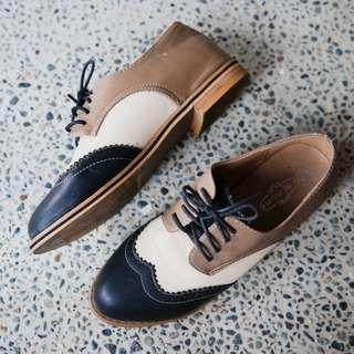 3-Tone Lace-up Brogues