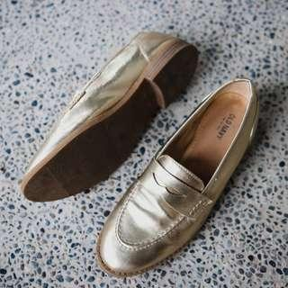 Old Navy Gold Loafers