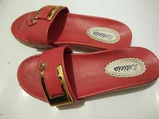 Sandal Merah Jarang pakai