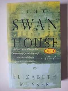 Novel The Swan House