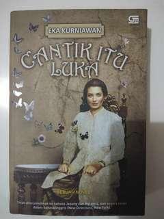 Novel Cantik Itu Luka