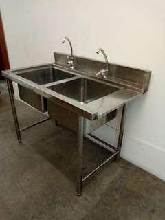 FREE DELIVERY Double bowl sink basin