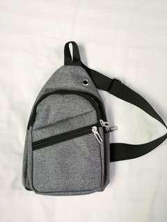 🚚 Items Sling Pouch (Light Grey)