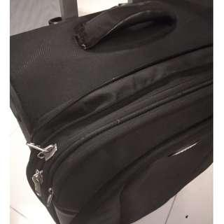 Selling Black original Samsonite luggage