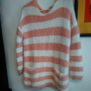 🚚 粉色毛海針織毛衣