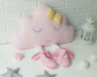 Cloud pillow/ bantal awan