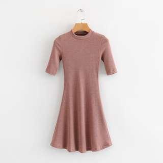 貼身玫瑰粉色羅紋連身裙 適合XS.S號瘦女孩