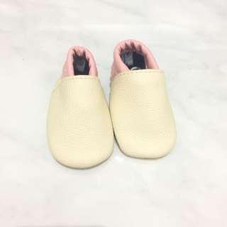 Prewalker barefoot shoe