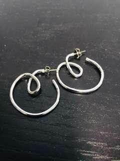 韓貨 銀色圈圈立體耳環