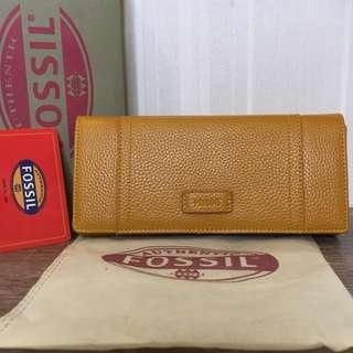 Fossil ellis clutch wallet