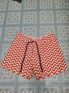 celana pendek motif lucu