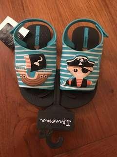Ipanema kids sandals- new