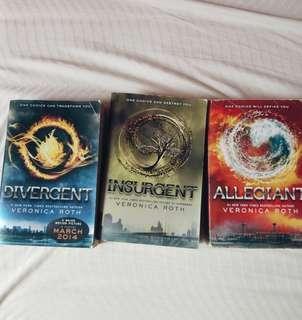 Divergent Series- Veronica Roth