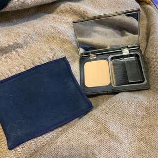 Cle de peau powder foundation