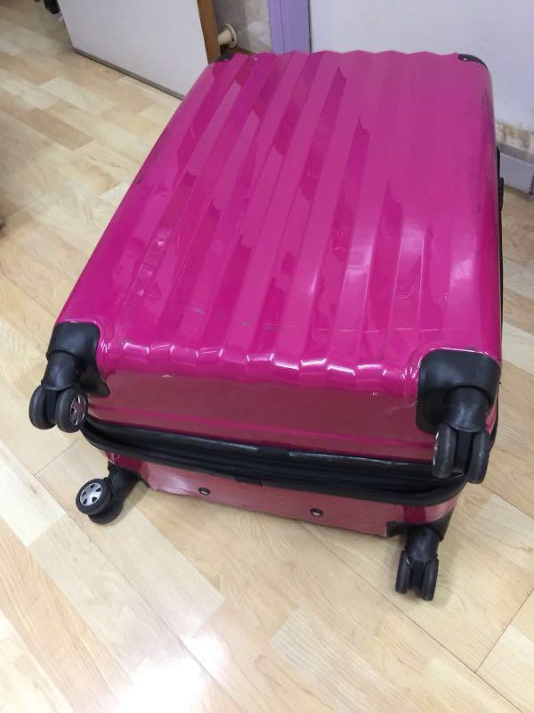 行李箱 28吋
