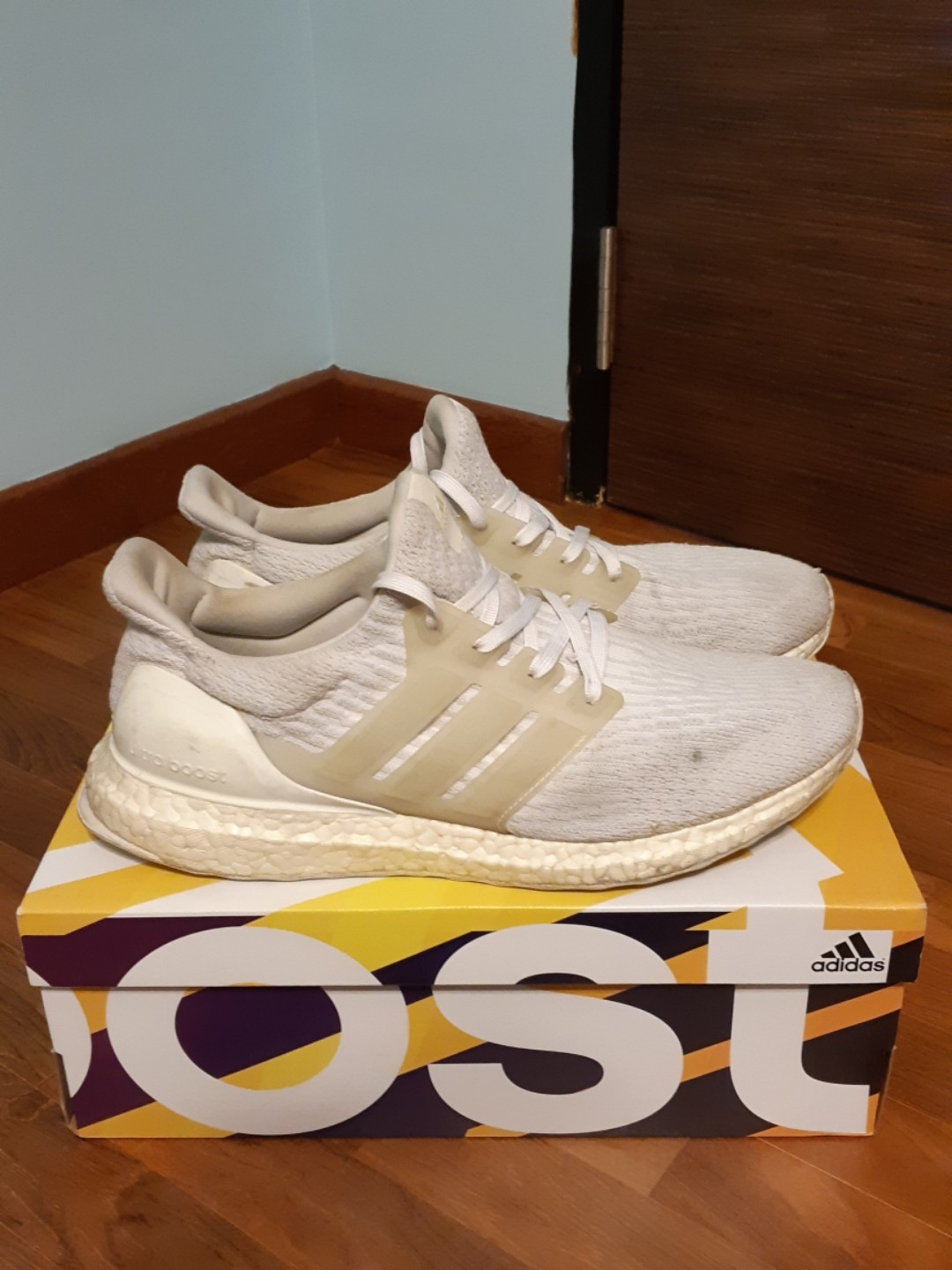 22d04225a Adidas Ultra Boost 3.0 Triple White US9.5
