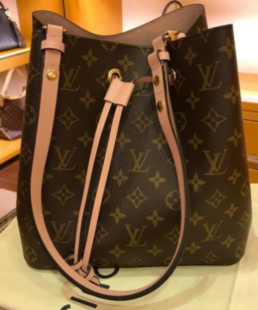 52c6178ea43 Louis Vuitton Monogram Canvas Neonoe Bag - pink
