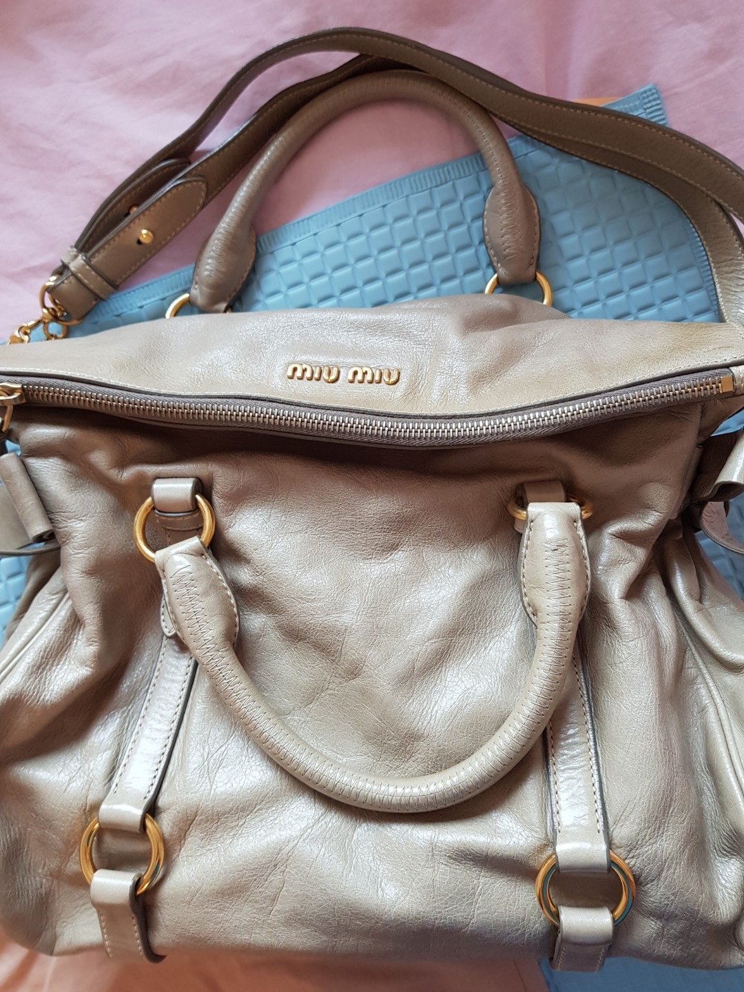 4ddb10442e55 Miu Miu bow bag