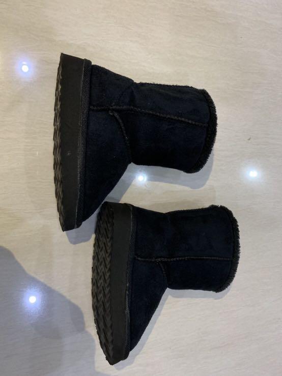 Preloved kids winter boots