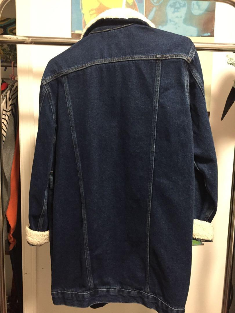 Topshop longline denim jacket with shearling - US 2