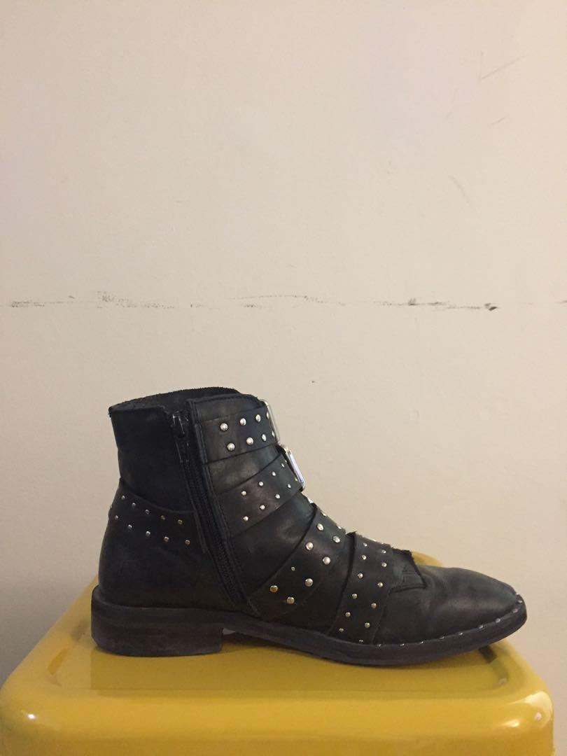 Topshop studded boots with buckles - US 7.5 UK 38